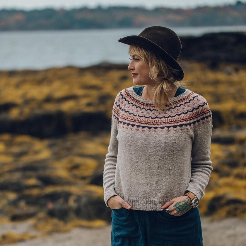patron tricot pull Mackworth par Andrea Mowry
